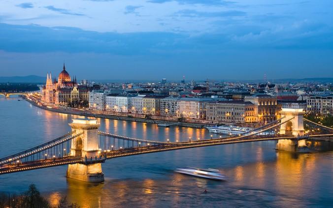 Budapest adc1fe_1461abd7a97d46cbbd9dad4a4e4ce14f